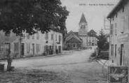 1 vue  - Rue de la Poste et l'Eglise (ouvre la visionneuse)