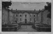 1 vue  - château de Montbrian (ouvre la visionneuse)