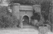 1 vue  - Entrée du Château de Messimy (ouvre la visionneuse)