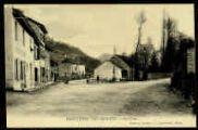 1 vue  - Montagnieu Les Granges - La place (ouvre la visionneuse)