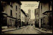 1 vue  - La Grande Rue et l'ancienne église (ouvre la visionneuse)