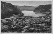 1 vue  - vue générale et le lac (ouvre la visionneuse)