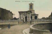 1 vue  - porte Monumentale et église (ouvre la visionneuse)
