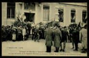 1 vue  - Campagne 1914-1915 - Souvenir de l'hôpital auxiliaire 207 à Oyonnax - Remise solennelle de la Médaille Militaire au Chasseur Béraud du 15e bataillon de chasseurs à pied (ouvre la visionneuse)