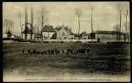 1 vue  - Orphelinat agricole de Seillon, près Bourg - la façade extérieure (ouvre la visionneuse)