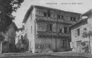 1 vue  - maison du XIIIe siècle (ouvre la visionneuse)