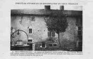 1 vue  - la maison du sergent de justice restaurée par feu le Dr Maurice (ouvre la visionneuse)