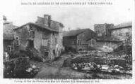 1 vue  - l'église, la Barbacane, leq maisons Valansio et Vernay, la rue du Prince et la rue des Rondes (ouvre la visionneuse)