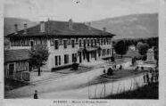 1 vue  - mairie et groupe scolaire (ouvre la visionneuse)