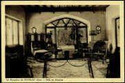1 vue  - Le Bengaloà de Peyrieu - Salle de réunion (ouvre la visionneuse)