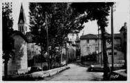 1 vue  - entrée du village (ouvre la visionneuse)