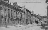1 vue  - Hôtel-de-Ville et Grande Rue (ouvre la visionneuse)