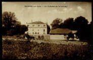 1 vue  - Le château de la Vernay (ouvre la visionneuse)