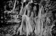 1 vue  - la cascade de Glandieu - vue d'ensemble (ouvre la visionneuse)