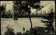1 vue  - Evieu - Le pont suspendu sur le Rhône (ouvre la visionneuse)