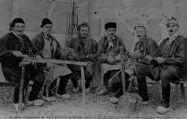 1 vue  - Un Groupe de Veilleurs des Ebaudes Bressanes (ouvre la visionneuse)