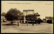 1 vue  - Place du Monument (ouvre la visionneuse)