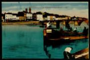 1 vue  - Mâcon - Vue générale des quais [mariniers au travail sur péniche côté Saint-Laurent] (ouvre la visionneuse)