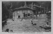 1 vue  - Pension de Rhinges - La piscine (ouvre la visionneuse)
