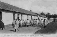 1 vue  - infanterie - la rentrée au réfectoire (ouvre la visionneuse)