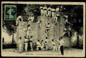 1 vue  - Exercices de l'Infanterie - Le mur (ouvre la visionneuse)
