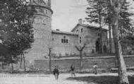 1 vue  - ancien château (ouvre la visionneuse)