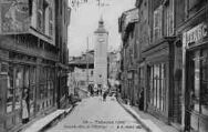 1 vue  - Grande Rue et l'horloge (ouvre la visionneuse)