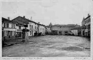 1 vue  - Place du Marché (ouvre la visionneuse)
