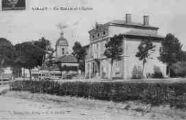 1 vue  - La Mairie et l'Eglise (ouvre la visionneuse)