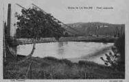 1 vue  - Route de La Balme - Pont suspendu (ouvre la visionneuse)