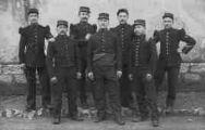 1 vue  - Groupe de soldats du 97e de ligne (ouvre la visionneuse)