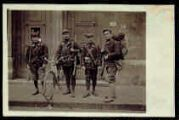 1 vue  - [4 soldats ; correspondance adressée au Grand Hôtel de l'Europe] (ouvre la visionneuse)