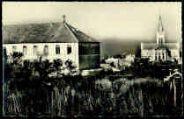 1 vue  - L'église et le Pensionnat Sainte-Marie (ouvre la visionneuse)