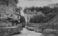 1 vue  - Bellegarde-Vallée du Rhône, la passerelle d'ARLOD (ouvre la visionneuse)