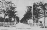 1 vue  - la Valbonne - avenue de l'école de tir (ouvre la visionneuse)