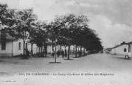 1 vue  - la Valbonne - le camp (cuisines et allées des magasins) (ouvre la visionneuse)