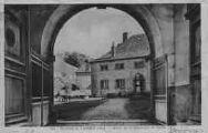 1 vue  - environs de Lagnieu - entrée de la Chartreuse de Portes (ouvre la visionneuse)