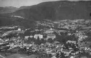1 vue  - vue aérienne sur la ville et les Grands hôtels (ouvre la visionneuse)