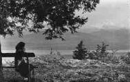 1 vue  - panorama sur le lac et le Mont-Blanc (ouvre la visionneuse)