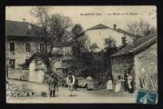 1 vue Légende inscrite sur la carte postale : PLAGNES (Ain). - La Mairie et les Ecoles.5 Fi 298-2