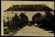 1 vue  - Le Château (façade) (ouvre la visionneuse)